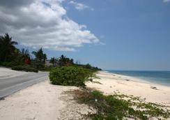 Orange Hill Beach Inn - 나소 - 해변