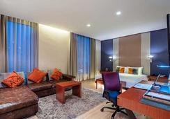 호텔 솔로 수쿰윗 2 - 방콕 - 침실