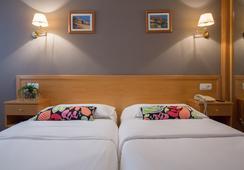 호텔 코스타 베르디 - 히혼 - 침실