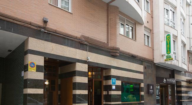 호텔 코스타 베르디 - 히혼 - 건물