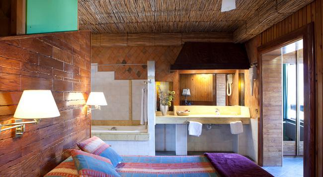 Hotel Quindós - 레온 - 침실