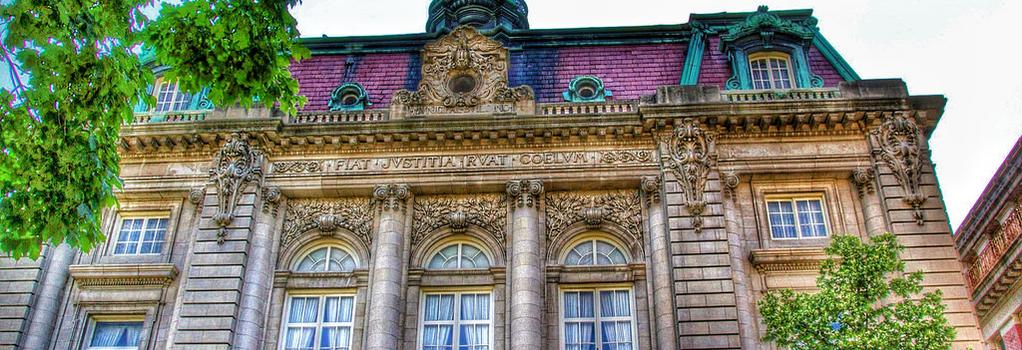 Grand Royale Hotel - 빙엄턴 - 건물