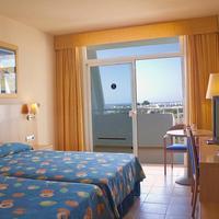 Hotel Servigroup Marina Mar Habitación