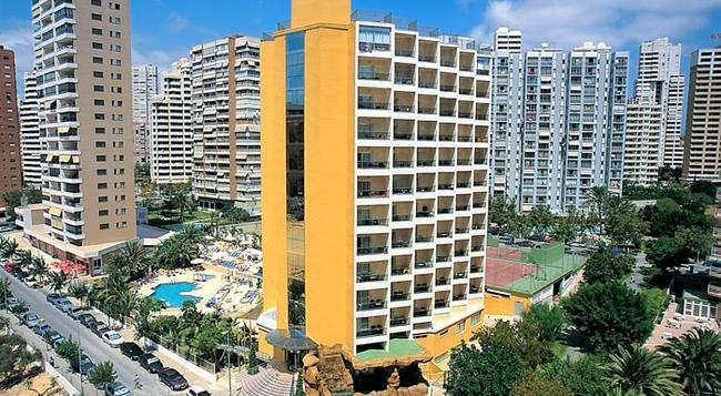 Hotel Servigroup Castilla - 베니도름 - 건물