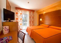 Hotel Servigroup Diplomatic - 베니도름 - 침실