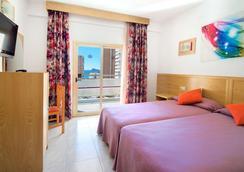 Hotel Servigroup Nereo - 베니도름 - 침실
