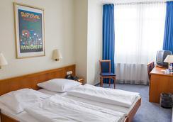 호텔 파노라마 암 쿠르퓌르슈텐담 - 베를린 - 침실