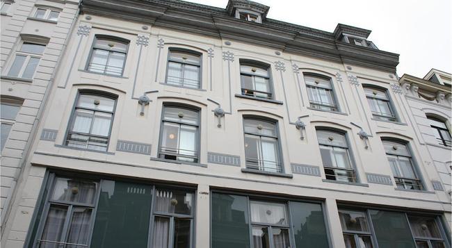 호텔 도리아 - 암스테르담 - 건물
