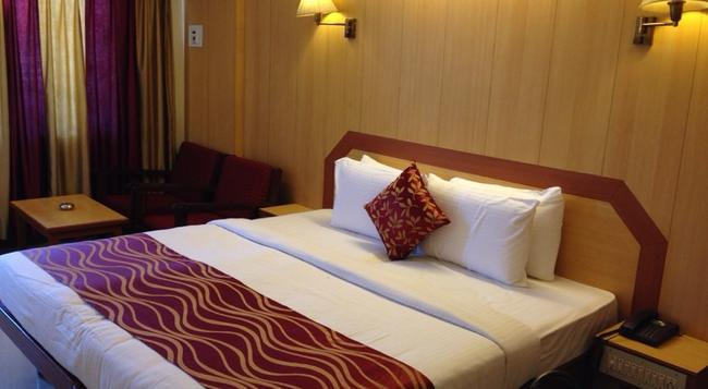Hotel Swagath - 벵갈루루 - 침실