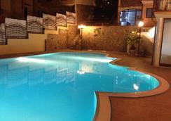 호텔 솔라나스 - 빌라시미우스 - 수영장