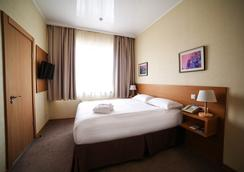 City Hotel Bishkek - Bishkek - 침실