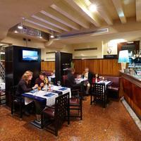 카 피자니 호텔 Restaurant