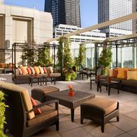 더 페닌술라 시카고 Bar/Lounge