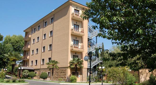 Hotel Cilicia - 로마 - 건물