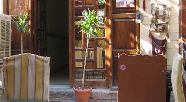 네페르티티 호텔 룩소르 - Luxor - 건물