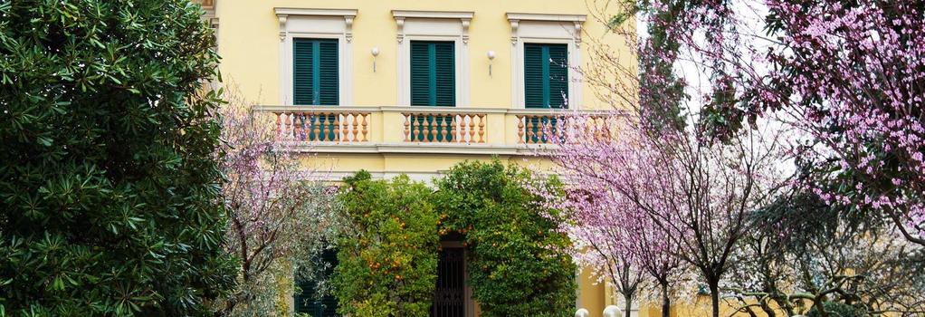 디모라 살비아티 - 피렌체 - 건물
