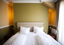 퀸's 코트 호텔 앤 레지던스 - 부다페스트 - 침실
