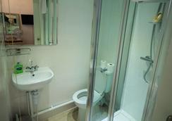 더 게이트웨이 호텔 - 런던 - 욕실