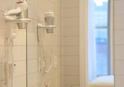 소호 가든 호텔 - 뉴욕 - 욕실