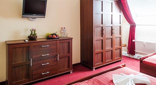 미콘 이스트게이트 호텔 - 베를린 - 침실