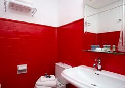 캐주얼 마드리드 델 테아트로 - 마드리드 - 욕실