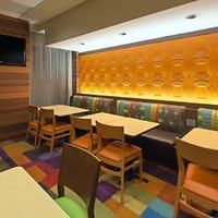 Fairfield Inn and Suites by Marriott Denver Cherry Creek Restaurant