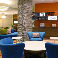 Fairfield Inn and Suites by Marriott Denver Cherry Creek Lobby