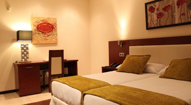 호텔 돈 펠리페 - 세고비아 - 침실