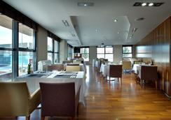 호텔 엑스 플라자 - 마드리드 - 레스토랑