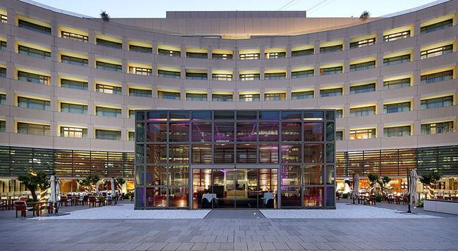 유로스타 그랜드 마리나 Gl 호텔 - 바르셀로나 - 건물