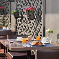 유로스타 에로이즈무 Outdoor Dining