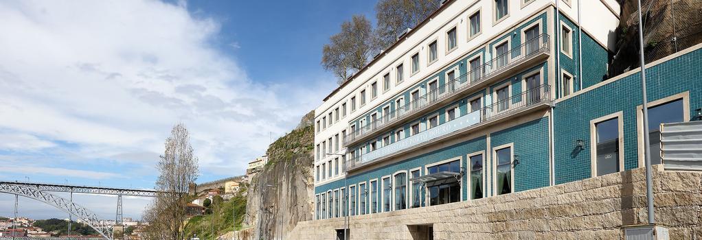 유로스타즈 포르토 도루 - 포르투 - 건물