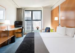 호텔 엑스 플라자 - 마드리드 - 침실