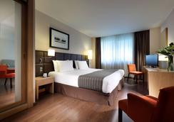 유로스타즈 루센텀 호텔 - 알리칸테 - 침실