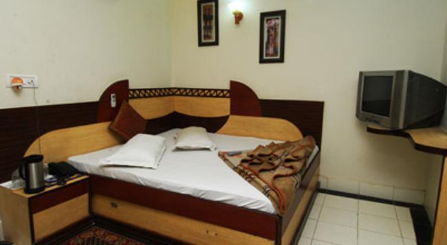 호텔 시브 팰리스 - 뉴델리 - 침실