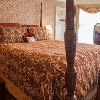 Lion and the Rose Victorian Bed & Breakfast Guestroom