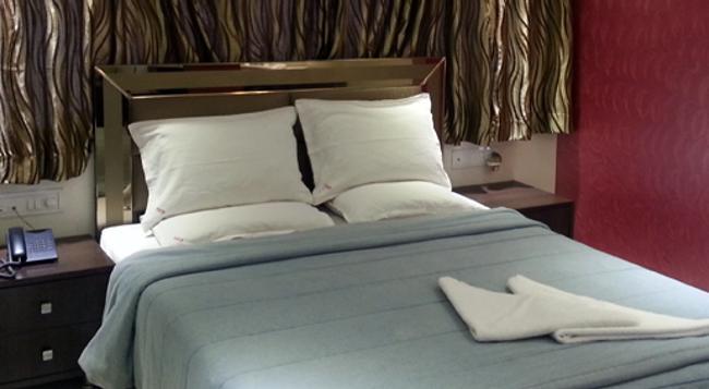 호텔 캄랜 레지덴시 - 뭄바이 - 침실