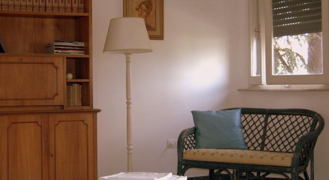 La Coccinella Guest House - 피사 - 침실