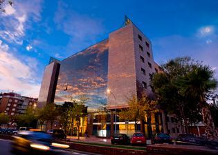 셀리스 시우타트 델 프랏 호텔