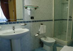 호텔 산테리지오 - 나폴리 - 욕실