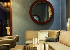 Aaa Deluxe Suite At The Signature Condo Hotel - 라스베이거스 - 라운지