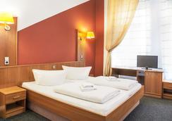 호텔-펜션 인소르 - 베를린 - 침실