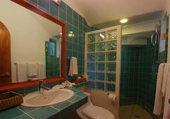 Riviera Maya Suites - 플라야 델 카르멘 - 욕실