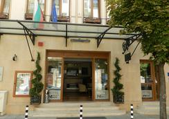 Hotel Niky - 소피아 - 건물