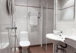 안나 호텔 - 헬싱키 - 욕실