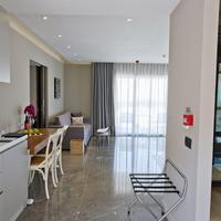 라마다 리조트 보드럼 Two Bedroom Connection Suite with Pool Kitchen