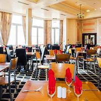 로얄 알비온 호텔 Dining