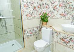Dom Kumovicha - 상트페테르부르크 - 욕실