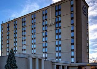크라운 플라자 호텔-뉴어크 에어포트