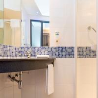 홀리데이 인 익스프레스 브레멘 에어포트 Bathroom